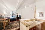 Loft Like Studio in the Financial District!